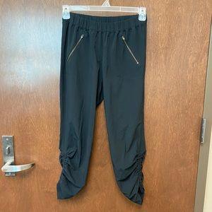 Athleta Aspire Ankle Pant Jogger black size 4